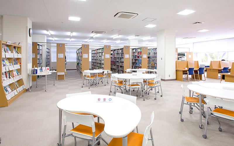 图书馆和阅览室