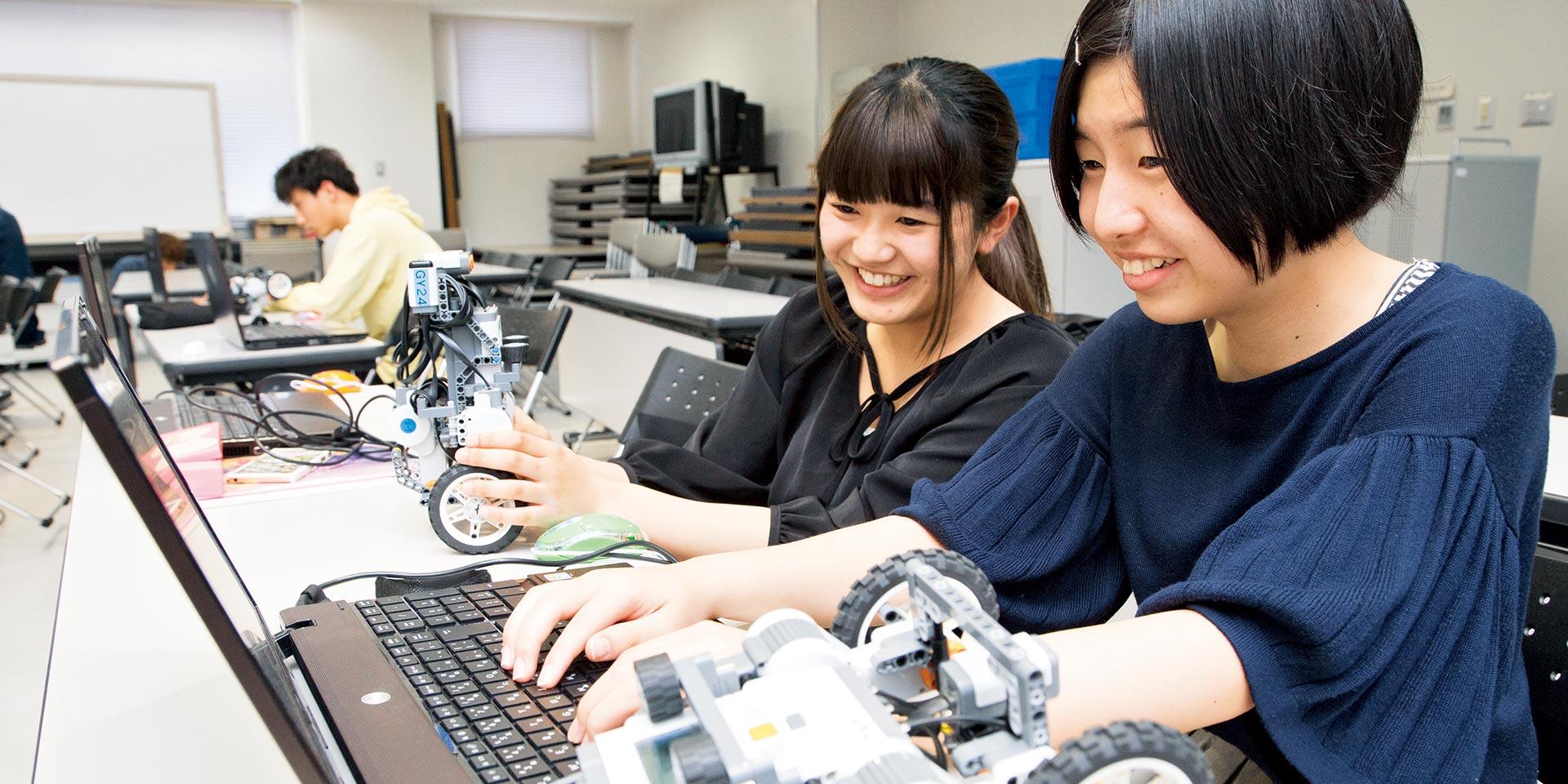電気制御システム工学科