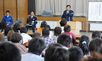 交通安全講習会を開催しました