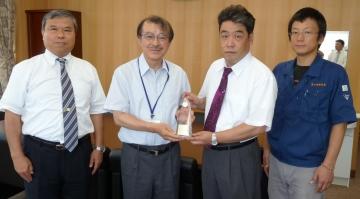 本校教職員が「財団法人精密測定技術振興財団品質工学賞論文賞」銀賞受賞を報告