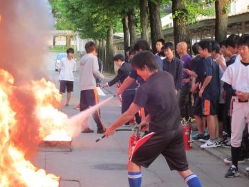 本郷キャンパス学生寮(仰学寮)で防火訓練を行いました