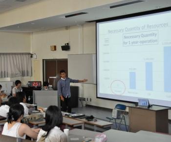 長岡技術科学大学 アドバンストコース 協働科目Ⅰ「英語プレゼン」学生発表会が行われました