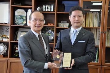 河合孝恵教授が日本化学会第31回化学教育有功賞を受賞