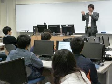 長岡技術科学大学 アドバンストコース 協働科目Ⅰ「英語プレゼン」が始まりました