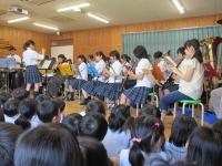 保育所でミニ演奏会-吹奏楽部(本郷キャンパス)