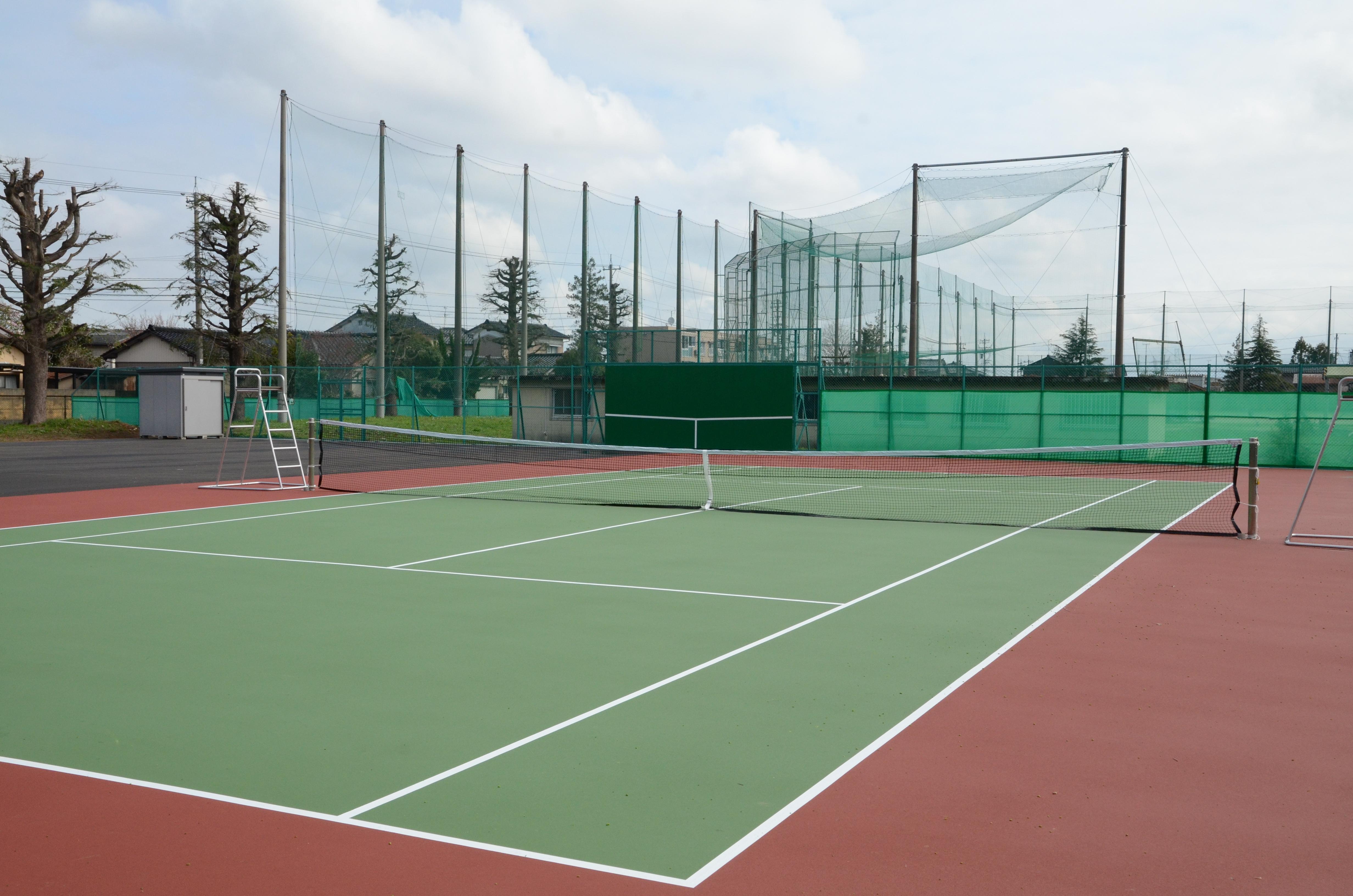 テニスコート竣工式を挙行しました。(本郷キャンパス)1テニスコート