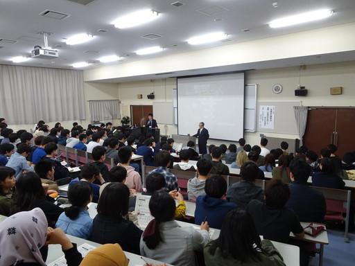 交通安全講習会を開催しました。(本郷キャンパス)
