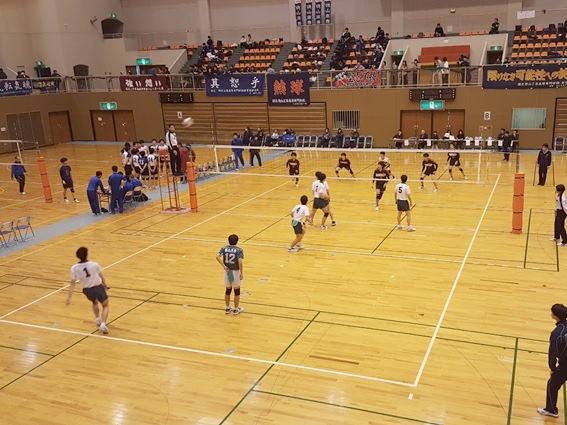 バレーボール部が第7回全日本高等専門学校バレーボール選手権大会に出場しました。