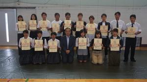 学生表彰を行いました。