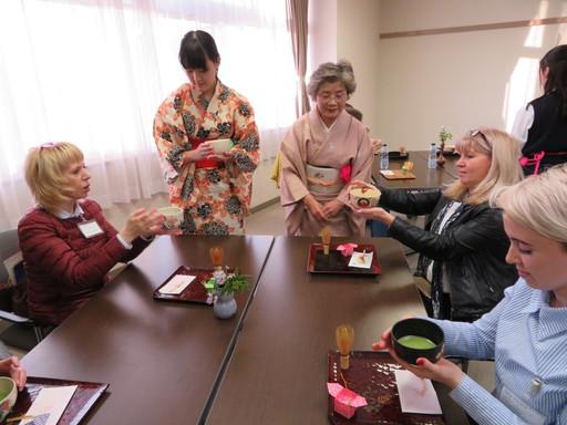 日露交流プログラムにおいて、ロシアの教育機関関係者が本校を訪問しました。