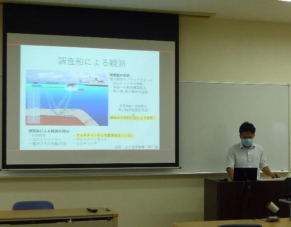 富山高専で「研究力向上と科研費獲得のための研究発表会」が開催されました。