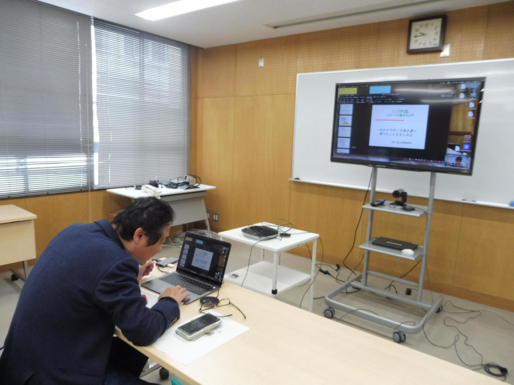 富山高専ジュニアドクター育成塾 第10回「プレゼンテーション講座」を実施しました。