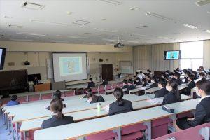インターンシップ事前研修「マナー講座」を開催しました。