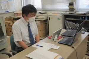 中学生および保護者を対象に「オンライン・電話相談会」を開催しました。